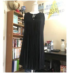 Flowy Old Navy Dress; M